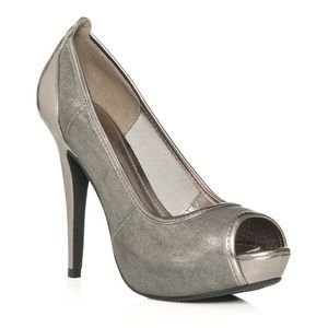 JUST FAB Pewter Pumps-7.5